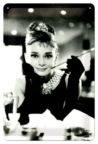 Retro budík Audrey Hepburn