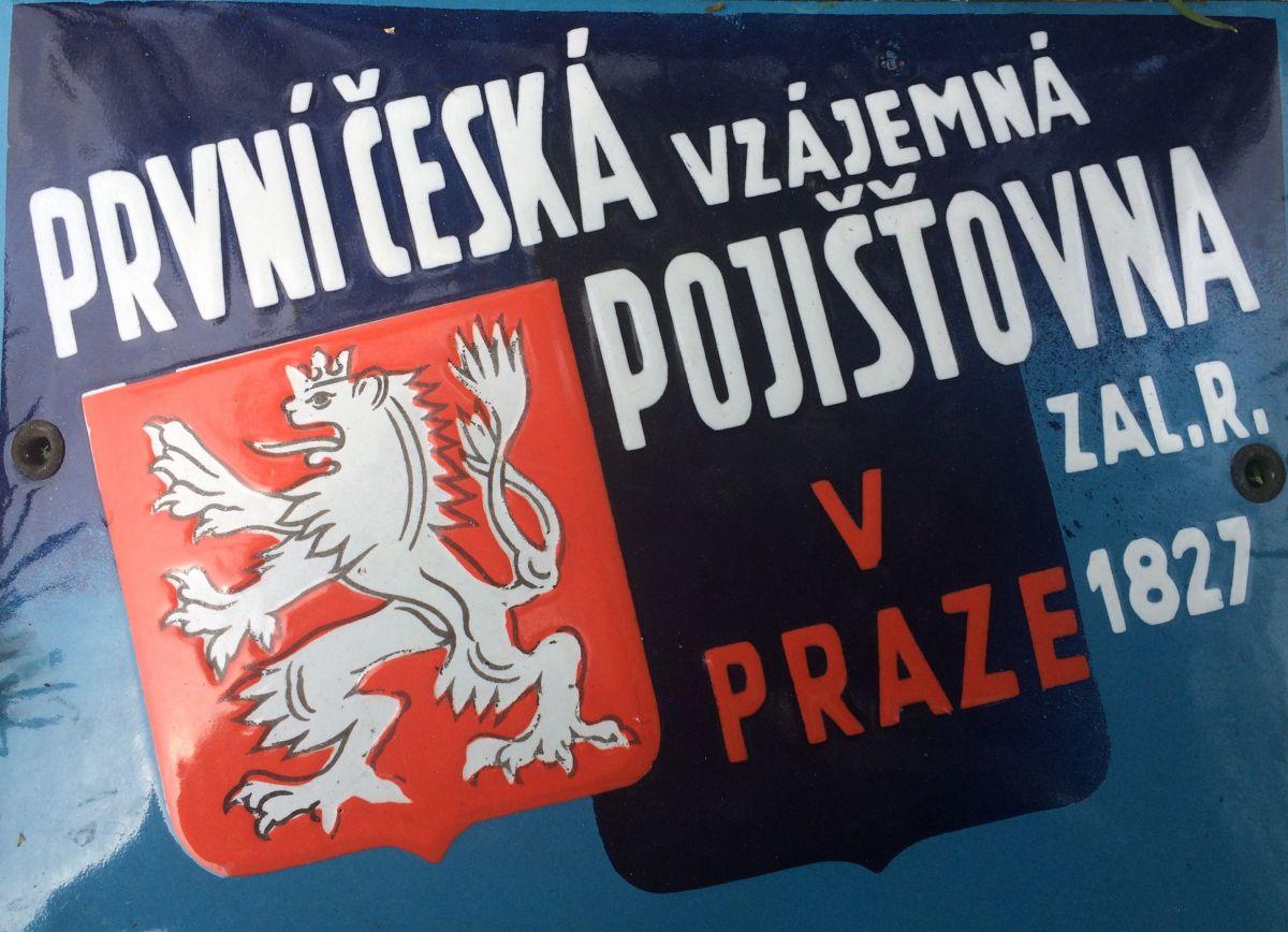 Originální starožitná smaltovaná cedule První česká vzájemná pojišťovna v Praze