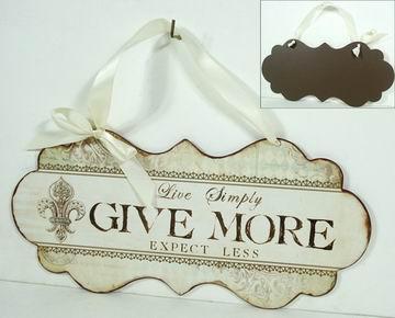 Plechová cedule se stuhou Give more - Dej víc!