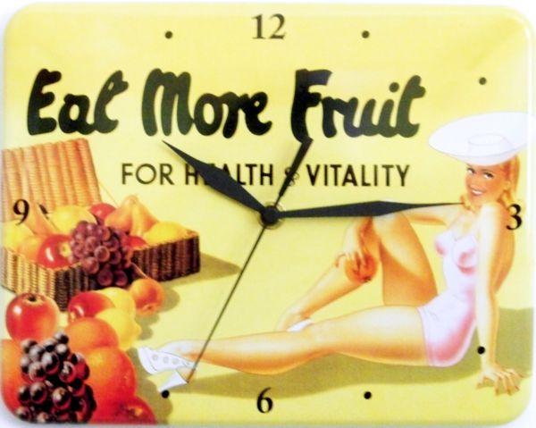 Plechové retro hodiny Eat more fruit
