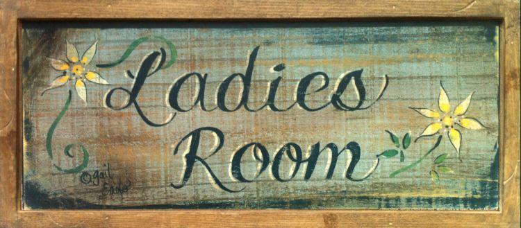 Dřevěná cedule Ladies room