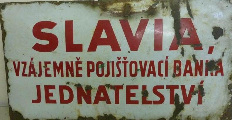 Smaltovaná cedule pojišťovna Slavia - Vzájemně pojišťovací banka - jednatelství
