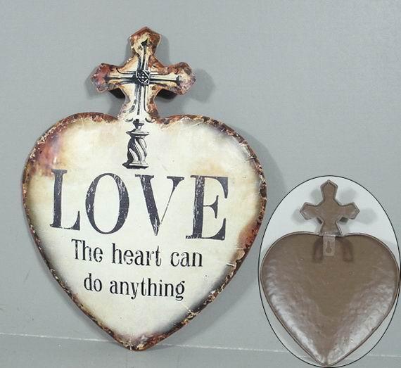 Plechová vintage cedule Srdce - Love The heart do anything