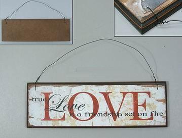 Dřevěná cedulka Love