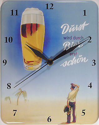 Plechové hodiny Dürst wird durch Bier erst schön