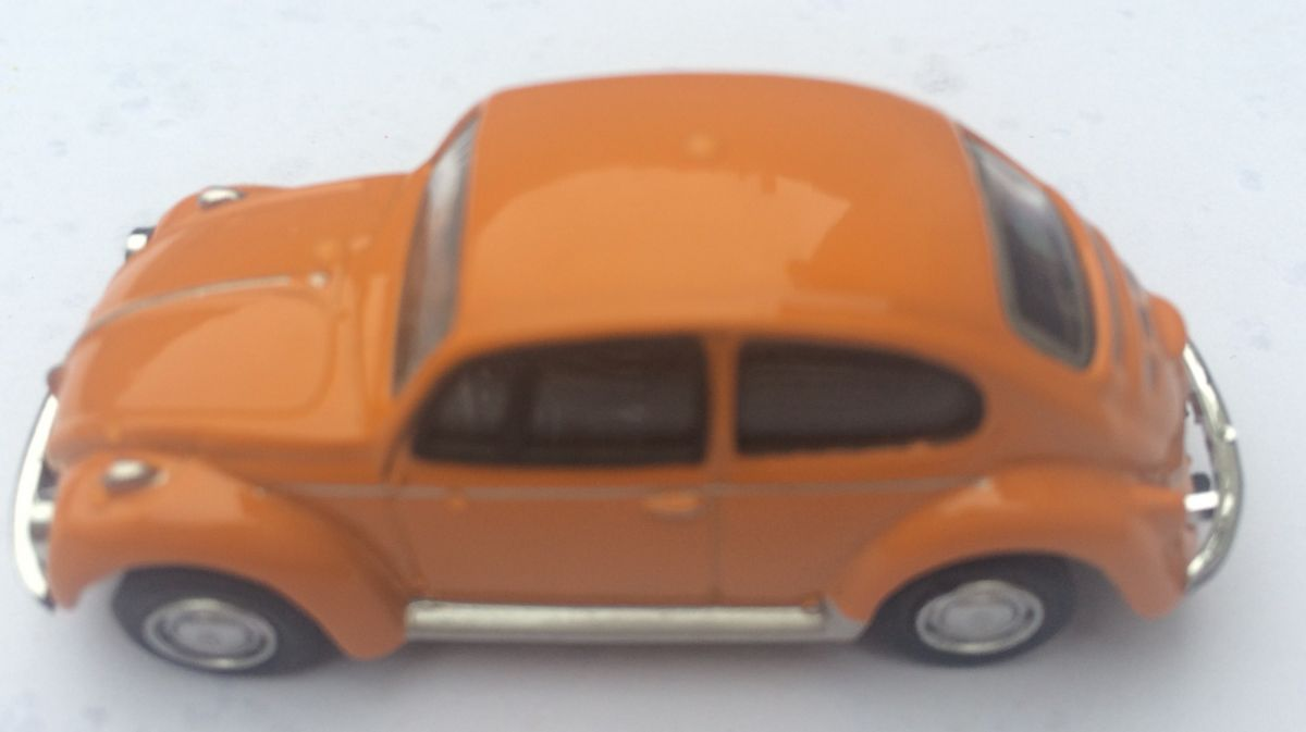 Magnet na lednici Volkswagen brouk - oranžové