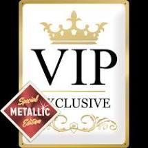 Plechová cedule VIP exclusive bílá